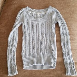 Old  Navy perfect fit cable knit sweater